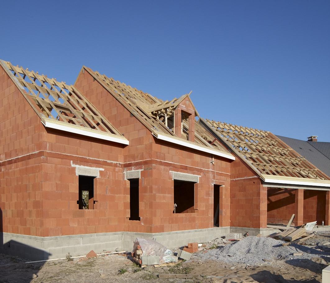 Brique monomur terre cuite pour une maison bio climatique - Maison en brique monomur ...