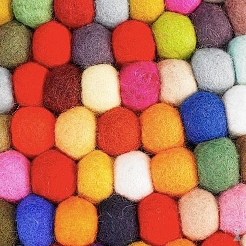 tapis pinocchio un tapis original et color deco tendency. Black Bedroom Furniture Sets. Home Design Ideas