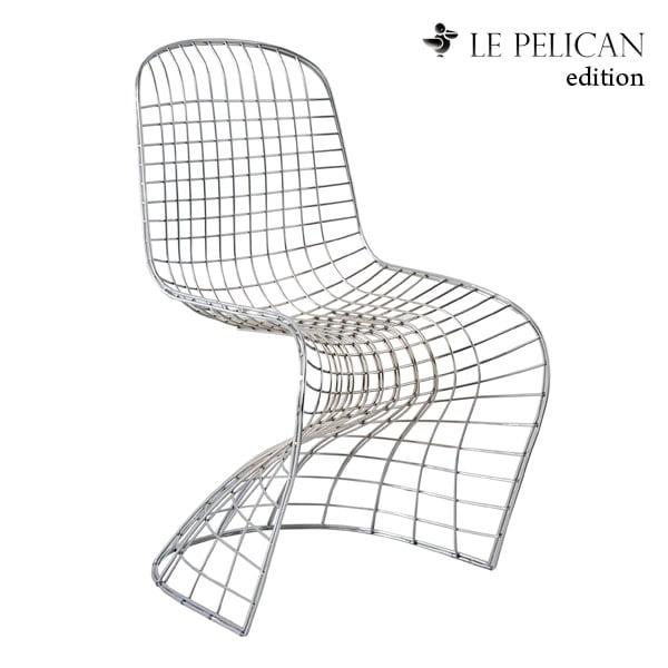 La chaise en métal Pantoia by Le Pelican Edition