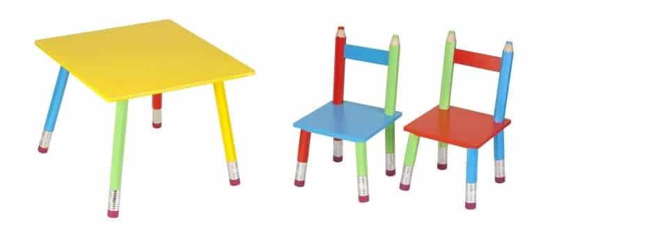 table chaises crayons la chaise longue