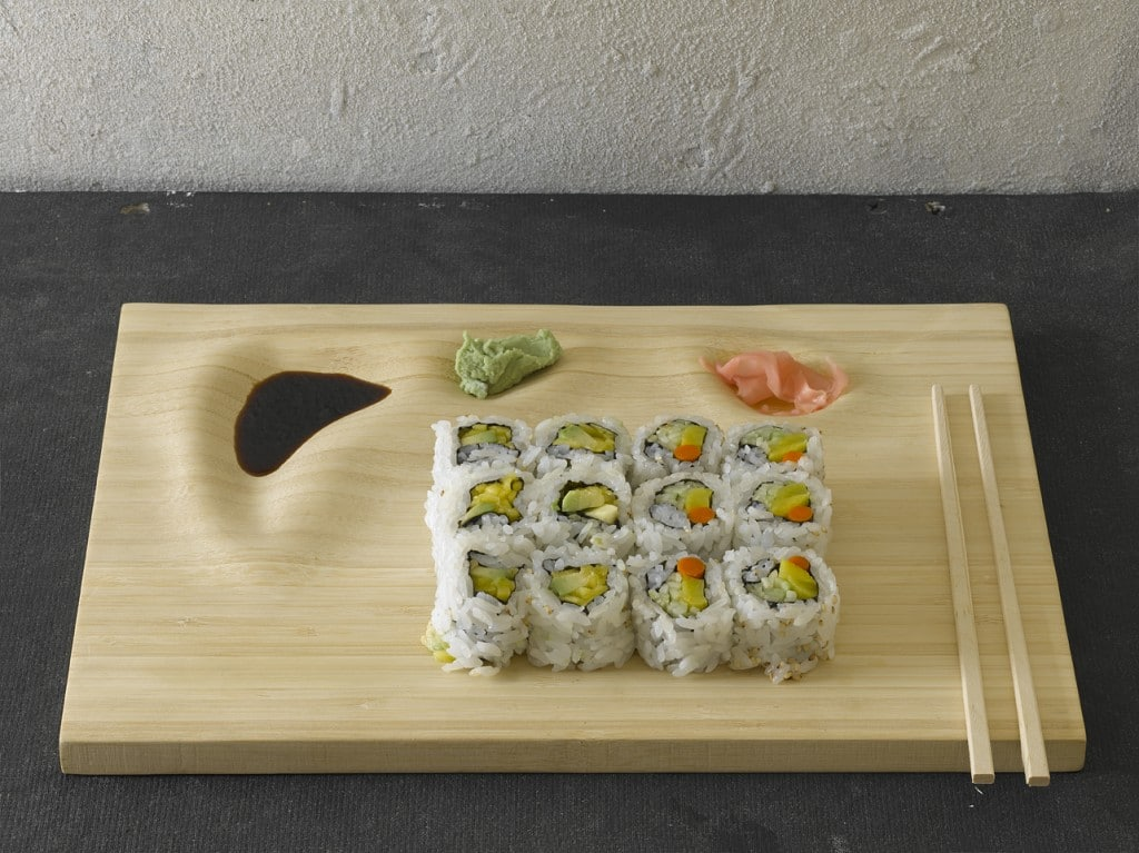 Le plateau en bambou pour sushi