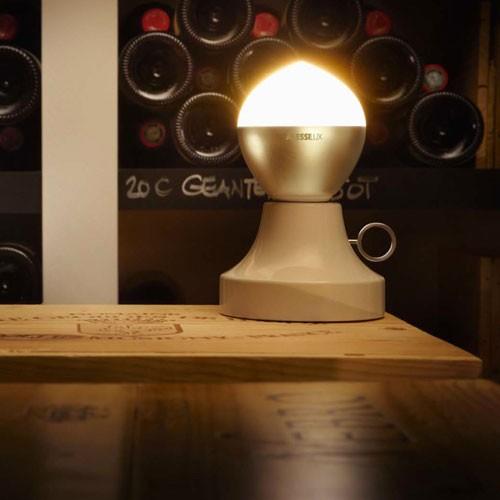 Lumière Flame lampe à poser Giovanni Alessi Anghini Gabriele Chiave