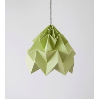 suspension origami moth by snowpuppe deco tendency. Black Bedroom Furniture Sets. Home Design Ideas