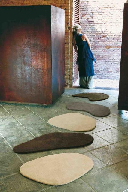 Le tapis Little stone by Diego Fortunato