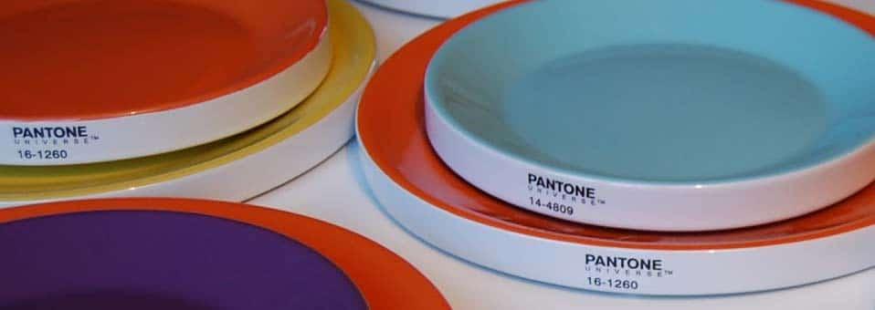 assiettes Pantone