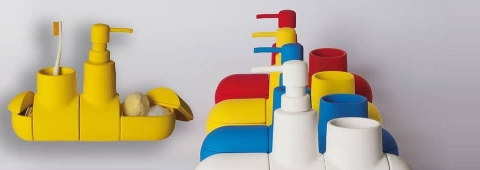 Submarine – Le set d'accessoires pour salle de bains by Hector Serrano