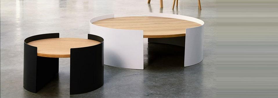 table basse Moon - Le plateau Emma  by Sebastian Holmbäck et Ulrik Nordentoft