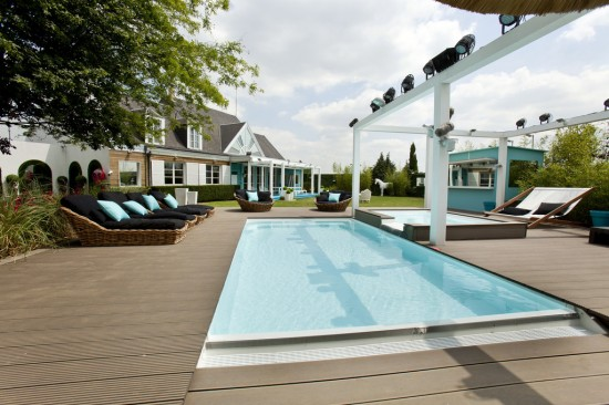 secret story 8 la piscine de la maison des secrets saison 8 11216595yahhu 550x366 - secret-story-8-la-piscine-de-la-maison-des-secrets-saison-8-11216595yahhu
