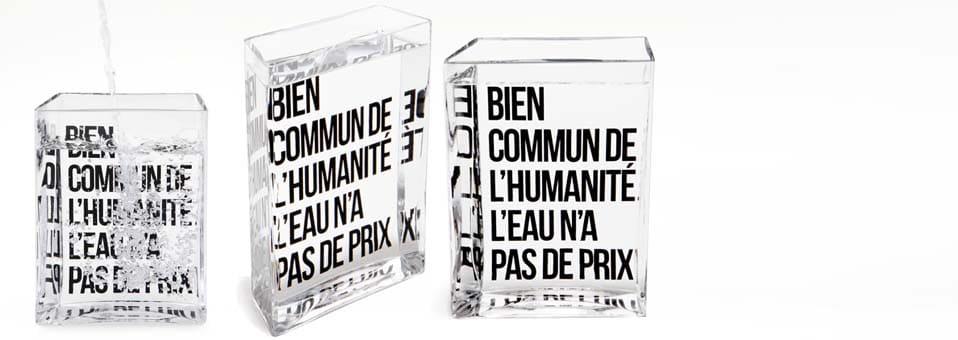 La Lame d'Eau – La carafe by Philippe Starck