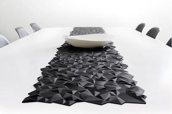set de table facet il est tr s graphique deco tendency. Black Bedroom Furniture Sets. Home Design Ideas