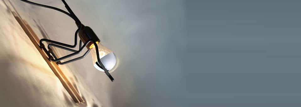 ampoule detecteur de fumée1 - Tout Schuss - La lampe à poser by Benoit Chabert