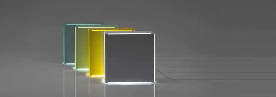 Minimalux pr sente la lampe poser neon deco tendency for Neon decoration interieur
