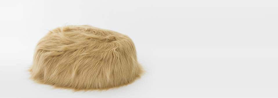 pouf Hairy Thing1 - Les pots Industrie verte by Puik-Art