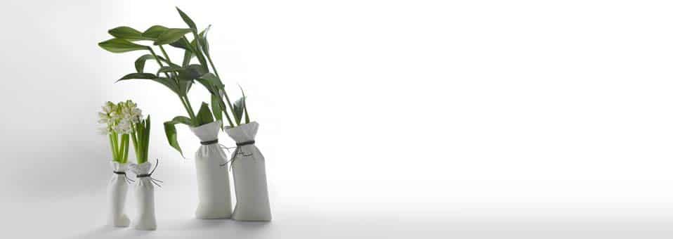 vase Sack Kiki Van Eijk1 - Arrosoirs design Butler et Lungo by Xala