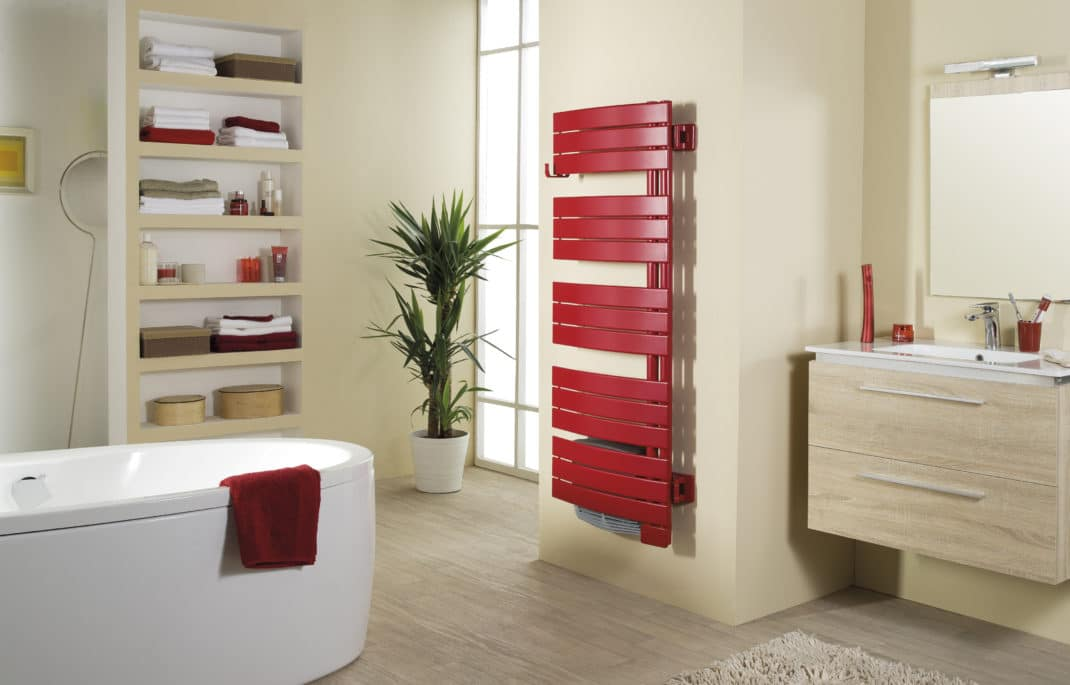 Radiateur s che serviettes couleur blog deco tendency for Deco salle de bain couleur
