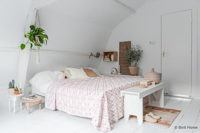 Une chambre sur fond blanc