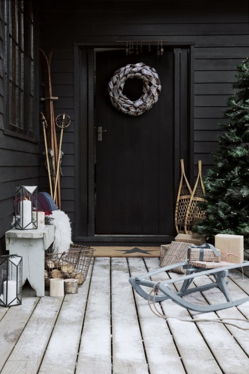 Une déco de Noël Alpine dès le pas de porte