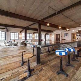 appartement atypique installé dans un ancien entrepôt abandonné
