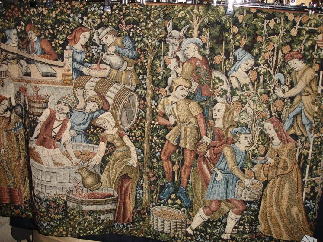 Ibis Yourelf Tapisserie Les vendanges au duché de Bourgogne (© M.Thomas)