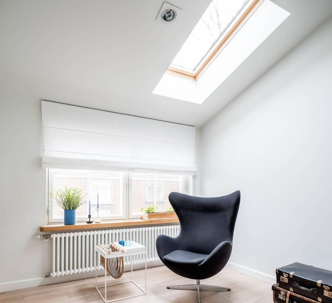 appartement sous les toits astuces et id es d co. Black Bedroom Furniture Sets. Home Design Ideas