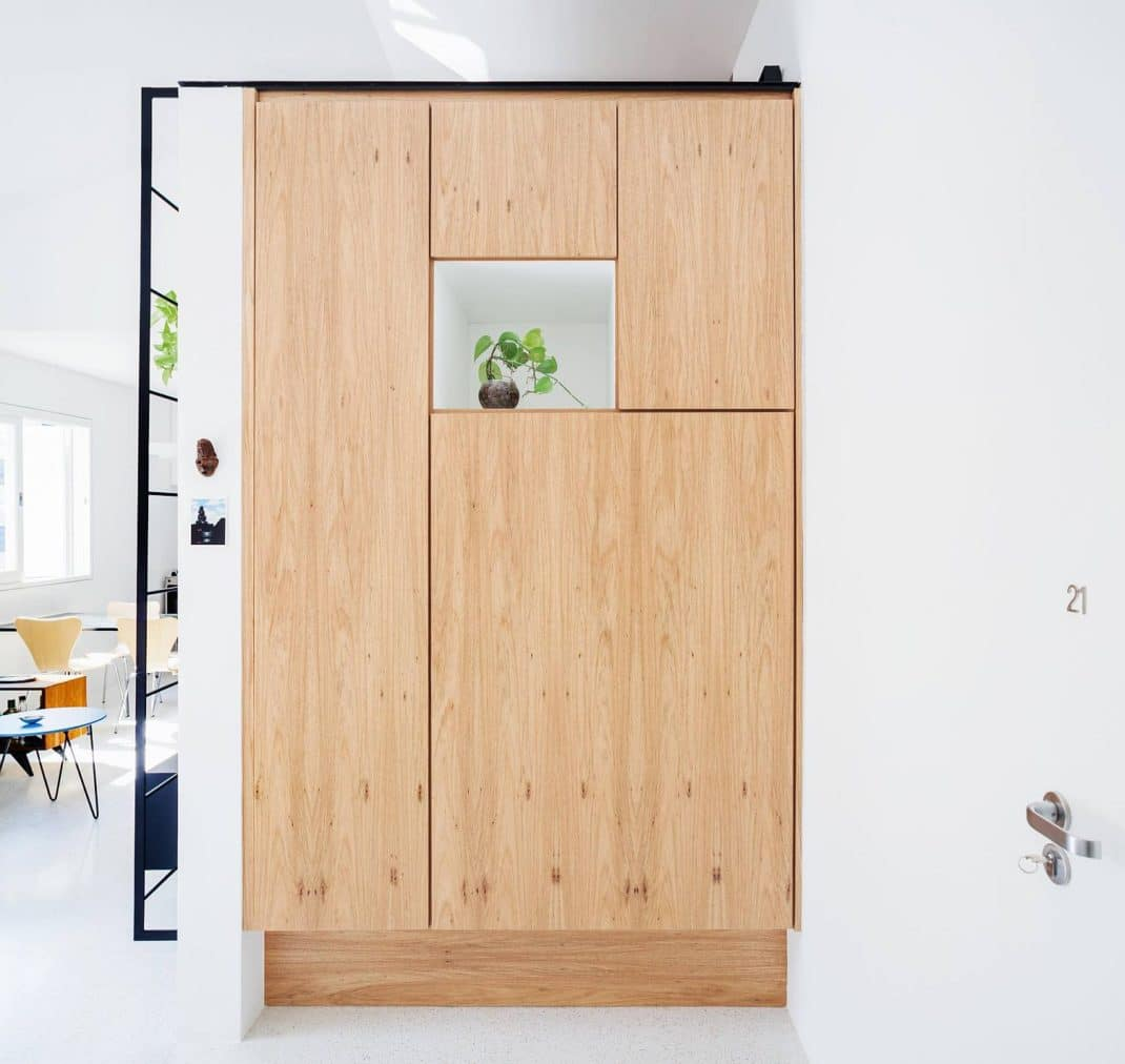 Relooking efficace et lumineux d'un petit appartement à Sao Paulo