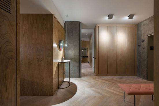 Olha Wood dévoile un appartement mixant le béton et le rose 6 550x367 - Olha Wood dévoile un appartement mixant le béton et le rose 6