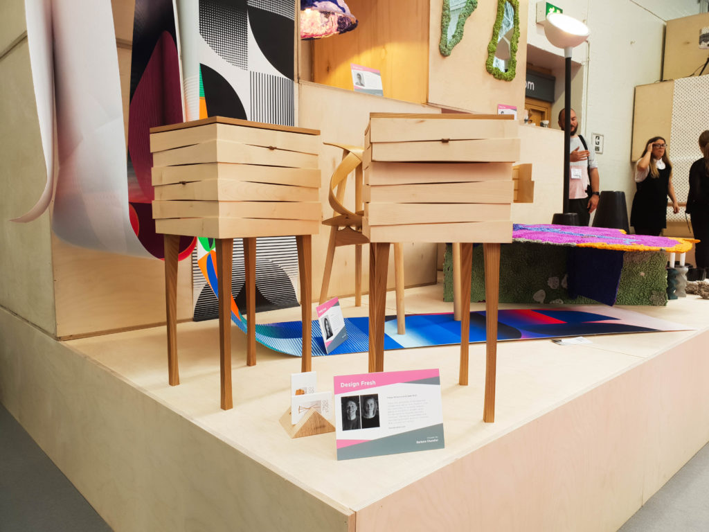 100% Design-13 Les Reveal Tables by Freya Whamond et Sam Bolt