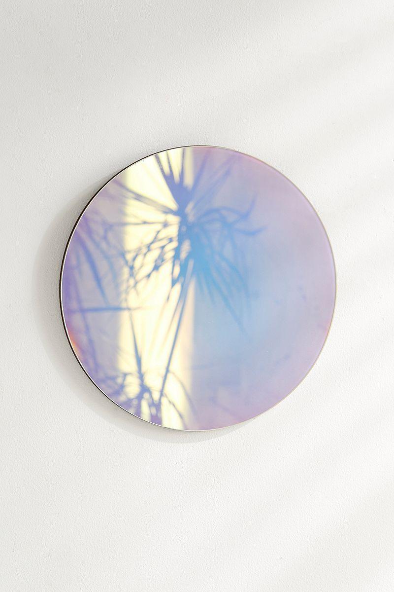 Objets déco tendances avec irisation miroir