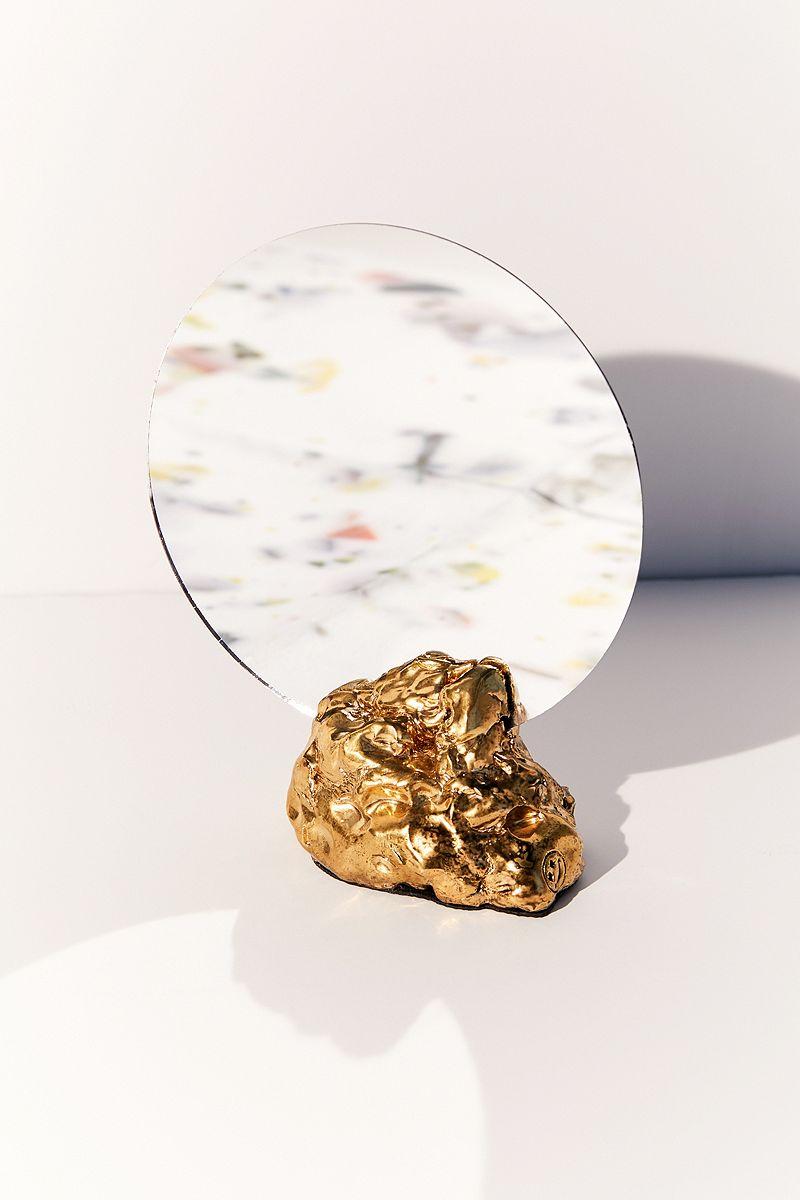 Objets déco tendances en métal miroir