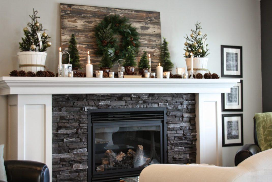 Décorer sa cheminée à Noëlun style raffiné et simple