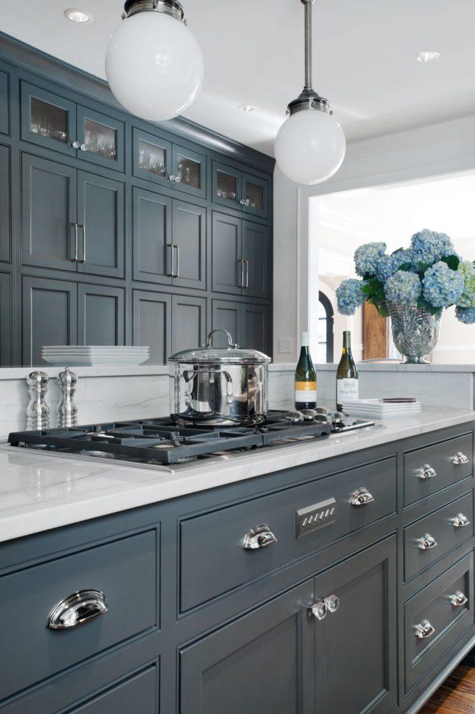 Décorer une petite cuisine à l'aide de quelques astuces déco simples 1