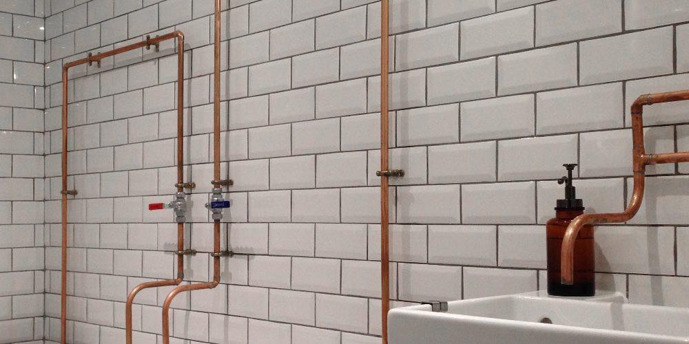 Carrelage pour la salle de bain lestyle industriel