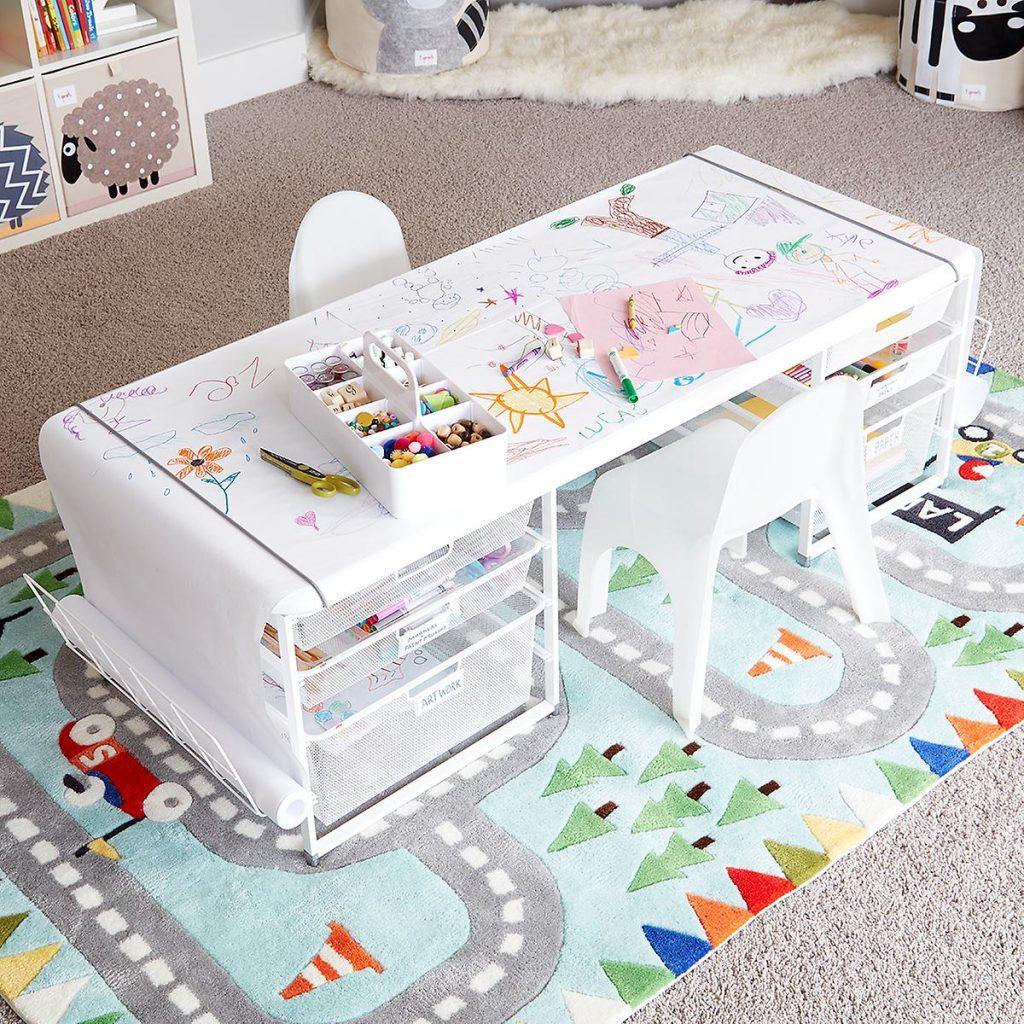 Organisez un espace dédié au travail pour vos enfants